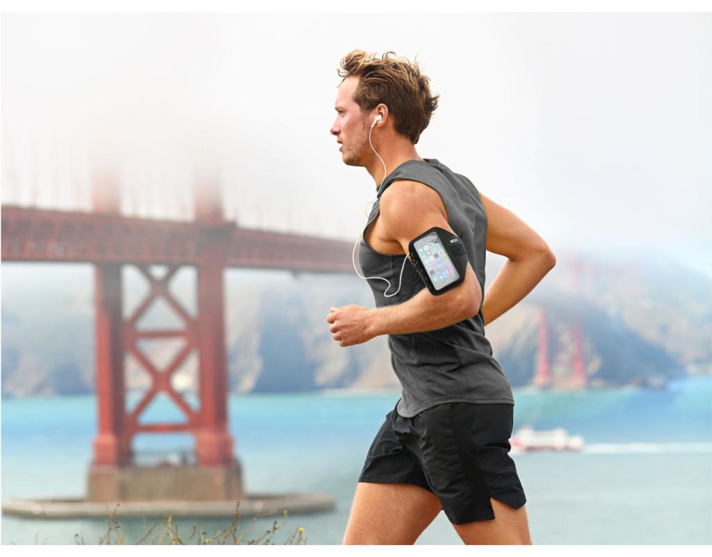 STM-Armband-Lifestyle-Running_large