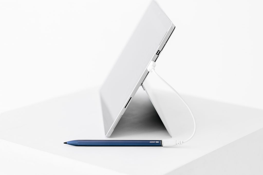adonit INK stylus review recharging USB cable midnight blue windows tablet 2-in1 touchsreen